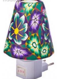 "(58881) Светильник-ночник в розетку с выкл. лампа накаливания 7W керамика пластик 12х9,5х8см ""Витраж"